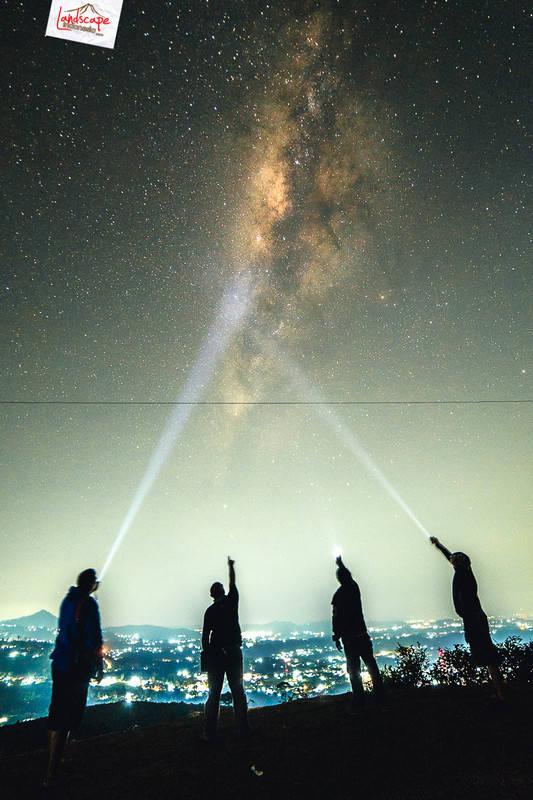 4 sekawan - Hunting meteor Eta Aquarids 2014 di Kemuning