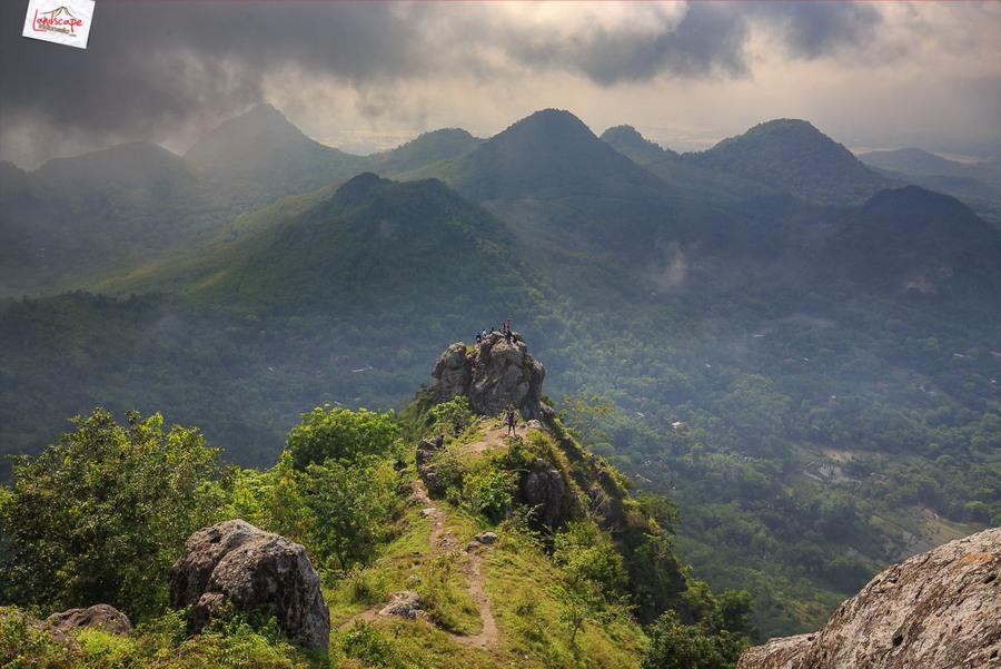 bukit cumbri 12 - Menikmati Pagi di Atas Bukit Cumbri