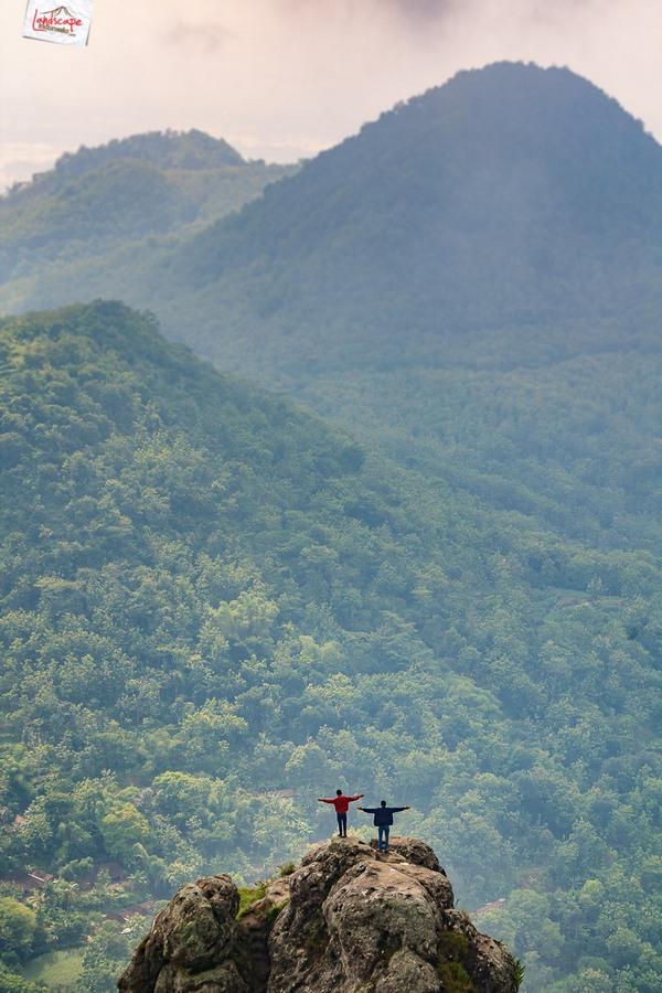bukit cumbri 15 - Menikmati Pagi di Atas Bukit Cumbri