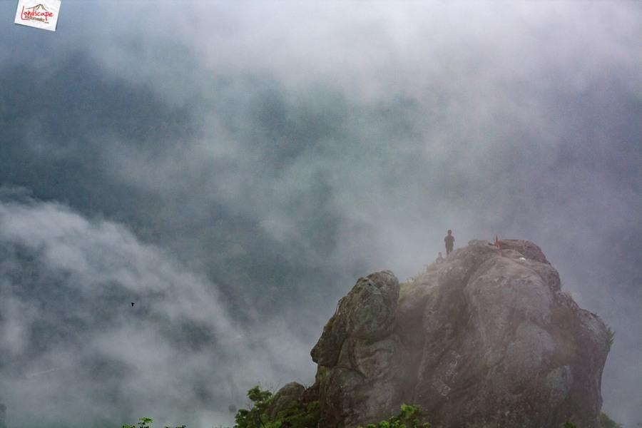 bukit cumbri 7 - Menikmati Pagi di Atas Bukit Cumbri