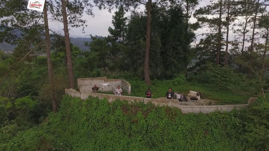gamping sore 2 - Berkas Senja di Gunung Gamping