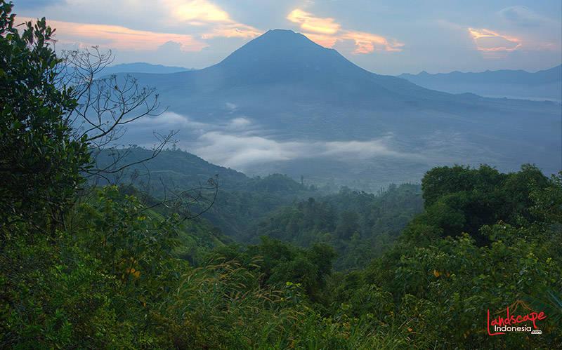 gunung gunung batur bali - Indonesia - Ring of Fire