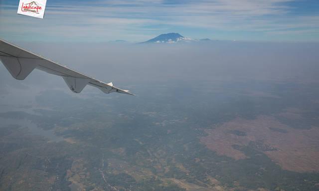 jawa dari udara 1 - Menikmati Jawa dari Udara