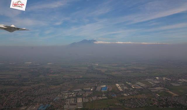 jawa dari udara 4 - Menikmati Jawa dari Udara