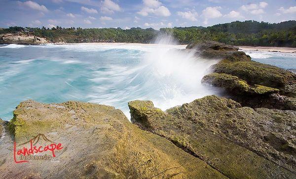klayar 04 - Pantai Klayar, surga buat pemburu slow speed