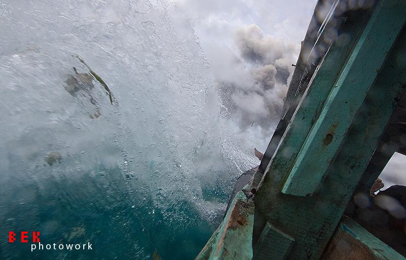 krakatau 028 - Krakatau - Dangerously Beautiful