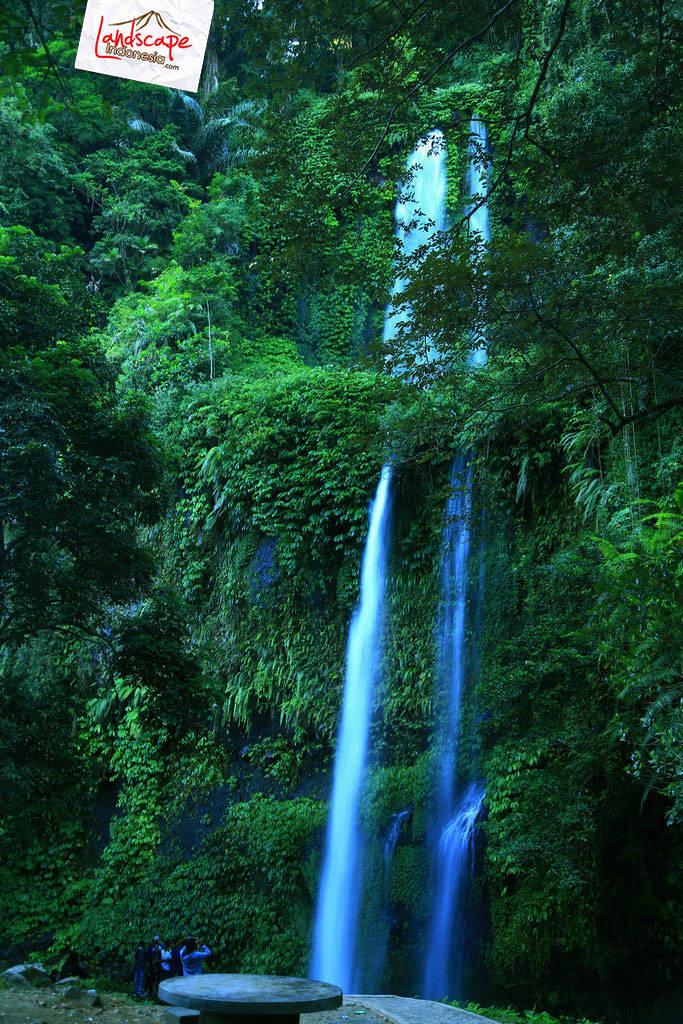 lombok explore chapter3 07 - Tiu kelep waterfall - Explore Lombok 2013 (3)