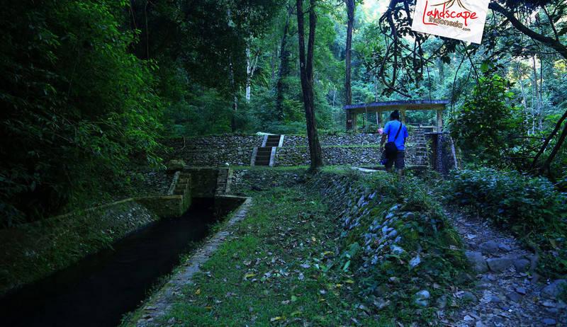 lombok explore chapter3 15 - Tiu kelep waterfall - Explore Lombok 2013 (3)