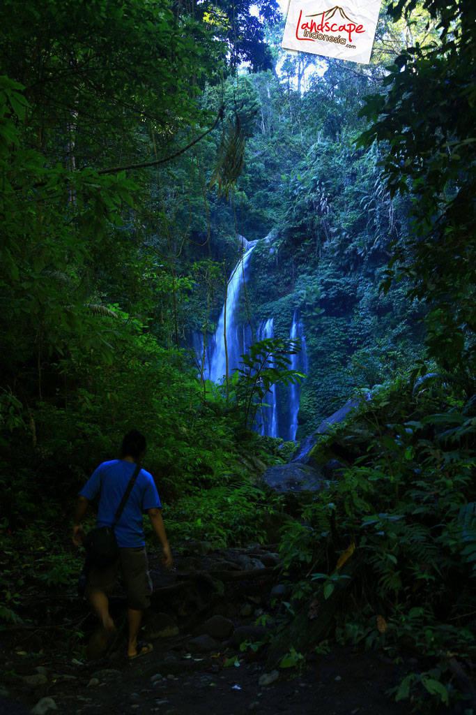 lombok explore chapter3 17 - Tiu kelep waterfall - Explore Lombok 2013 (3)