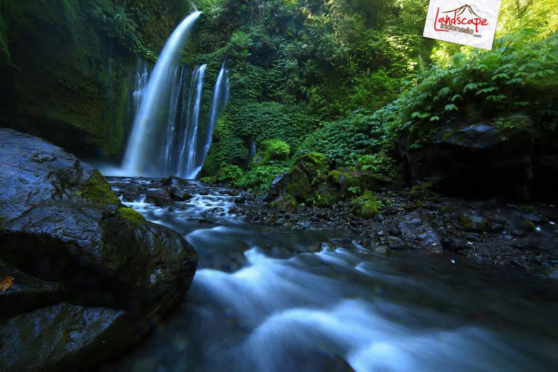 lombok explore chapter3 19 - Tiu kelep waterfall - Explore Lombok 2013 (3)