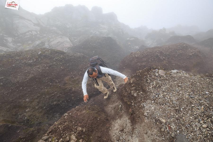 merapi 18 - 12 jam di Gunung Merapi (virtual tour 360)
