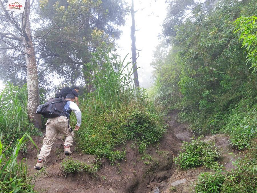 merapi 7 - 12 jam di Gunung Merapi (virtual tour 360)
