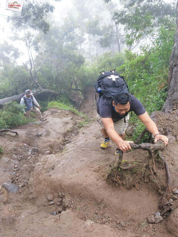 merapi 8 - 12 jam di Gunung Merapi (virtual tour 360)