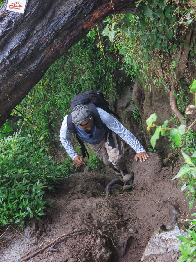 merapi 9 - 12 jam di Gunung Merapi (virtual tour 360)