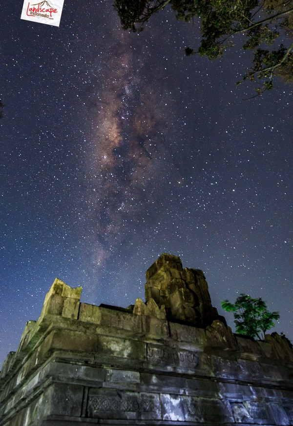 milkyway cepogo 3 - Milky Way di antara Candi Lawang
