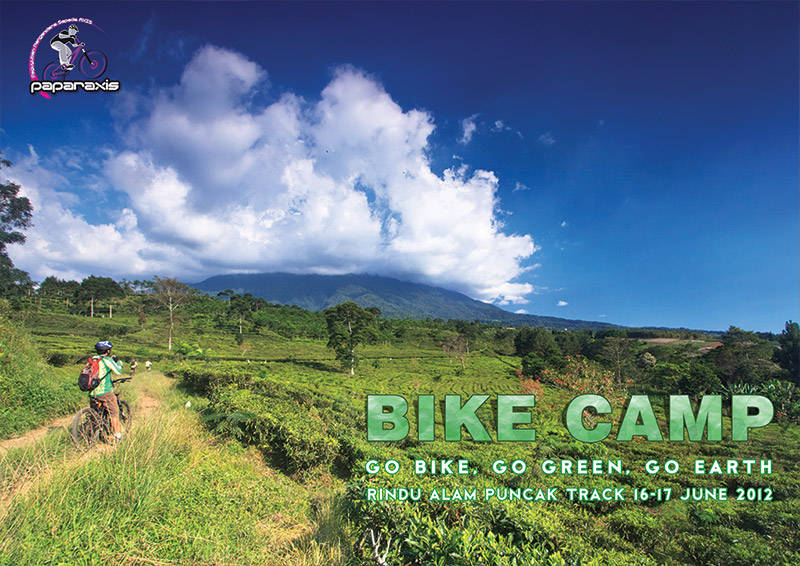 cover ebook Paparaxis - Bike Camp 2012
