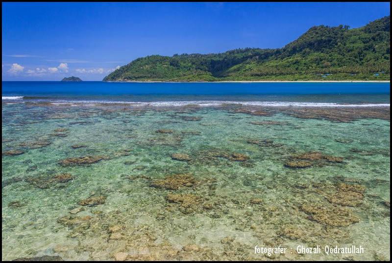 pulau beras 6. ghozaliq pantai rinon 2 - Pulau Beras, Pulau terbarat di Indonesia [seri pulau Aceh #2]