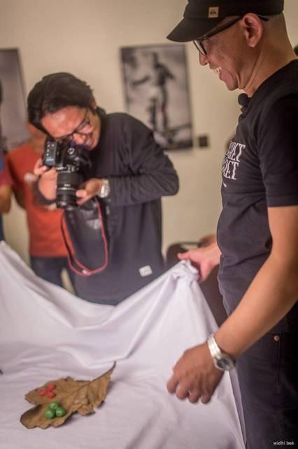 roy genggam workshop 003 - Belajar Hal Baru - Workshop Memotret Still Life bersama Roy Genggam