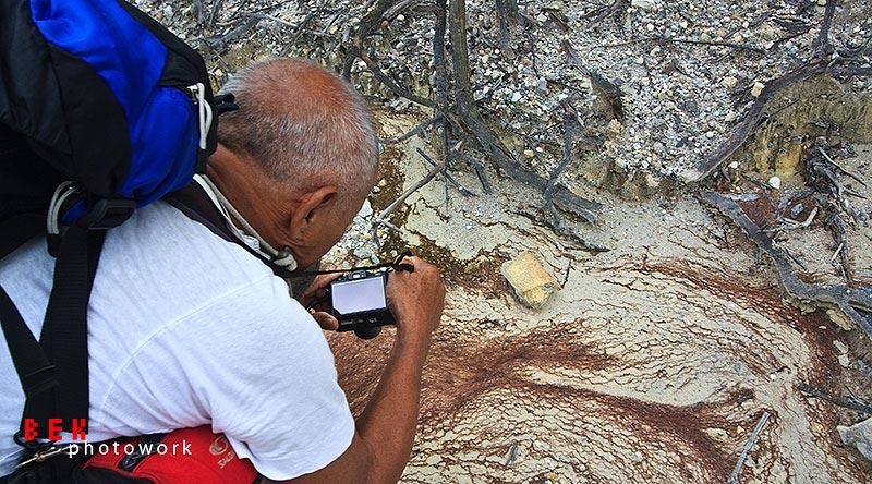 bang don - Don Hasman, penjelajah, petualang, dan fotografer.