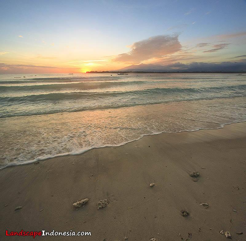 sunrise gili copy 1 20100530 1599068377 - lombok .. pulau impian pencinta foto landscape