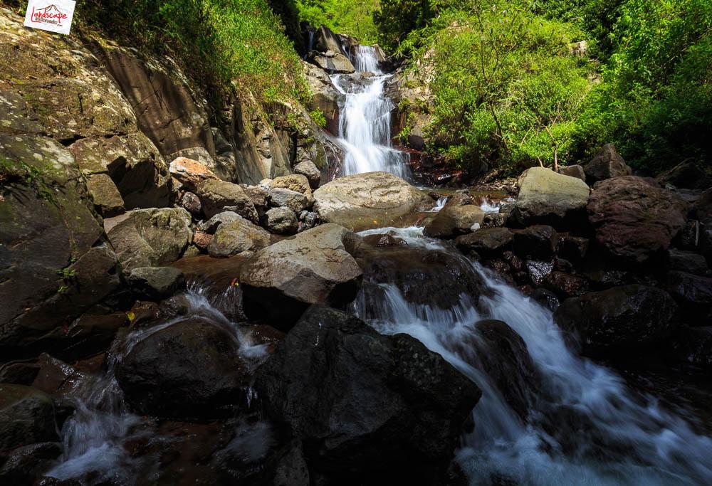 air terjun njalir 14 - Menjalin Langkah Menuju Air Terjun Njalin