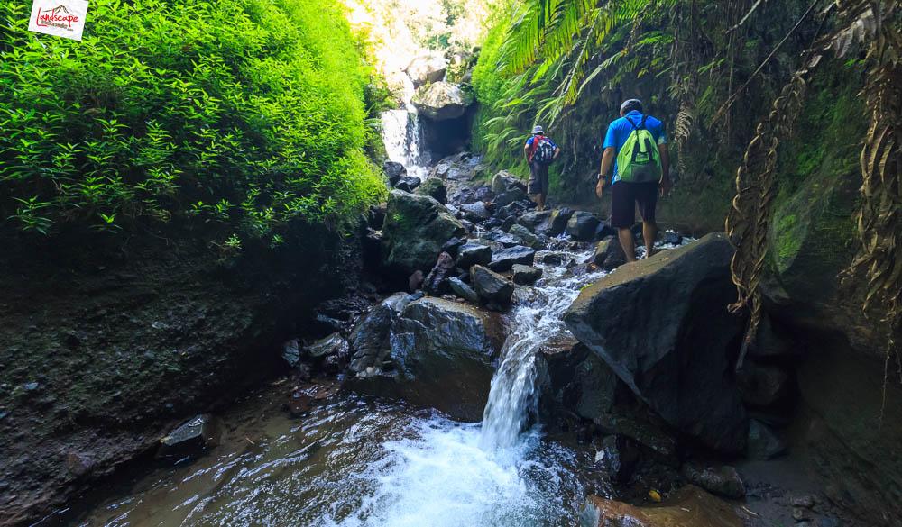 air terjun njalir 26 - Menjalin Langkah Menuju Air Terjun Njalin