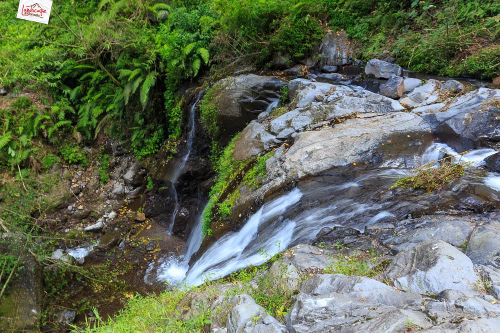 air terjun njalir 33 - Menjalin Langkah Menuju Air Terjun Njalin