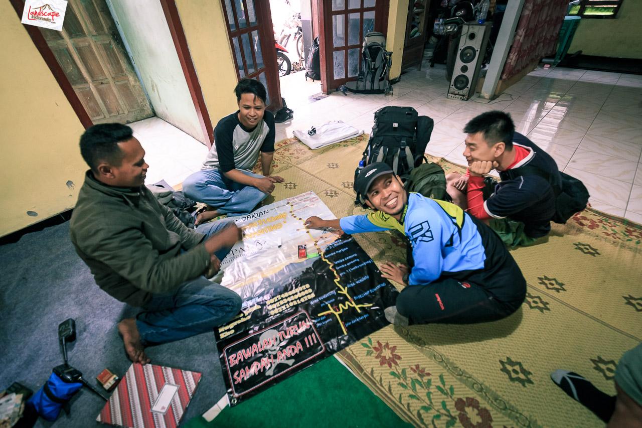 merbabu suwanting 1339 - behind the scene buku merbabu