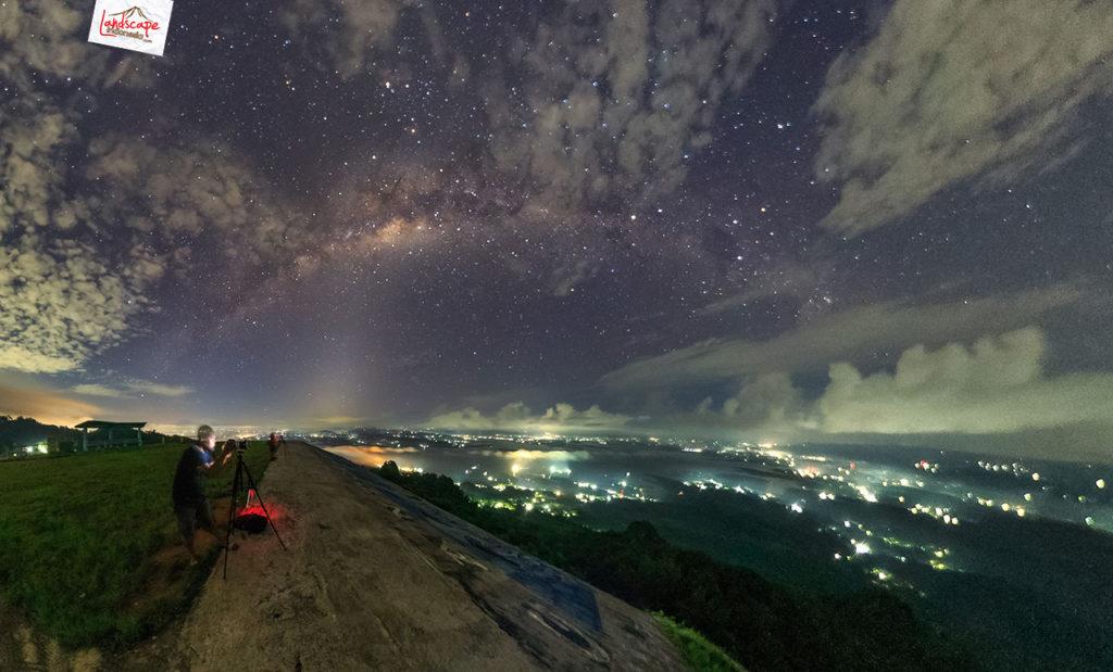 milkyway welcome party 2016 1024x619 - Tips & Panduan Memotret Milky Way