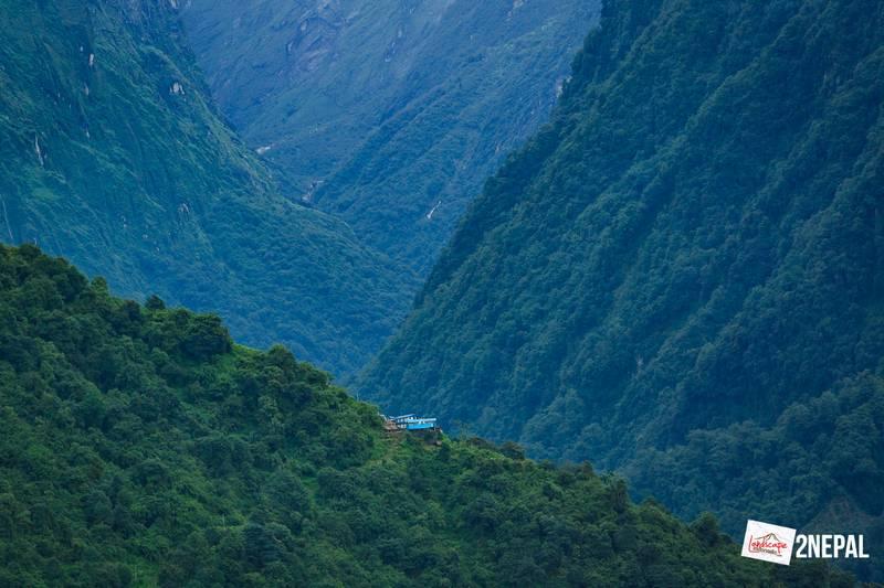 nepal sinuwa - Annapurna Base Camp hari kelima : Kita musti lewat sana kah ?