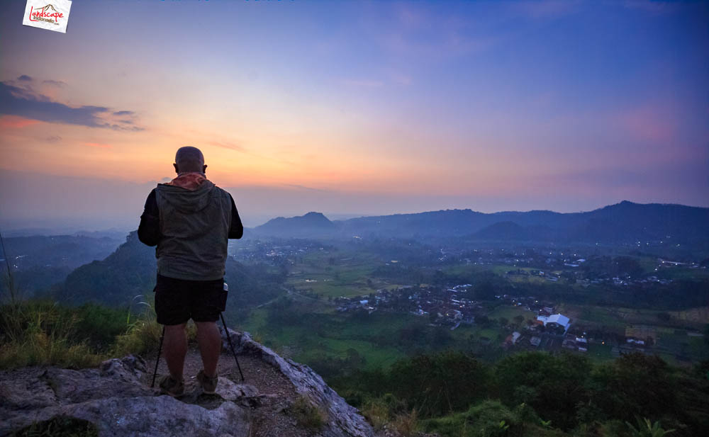 gunung gamping sore 14 - Gunung Gamping Karanganyar - Menanti Senja