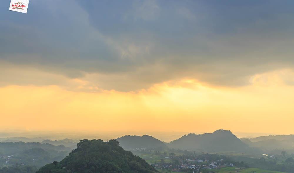 gunung gamping sore 2 - Gunung Gamping Karanganyar - Menanti Senja