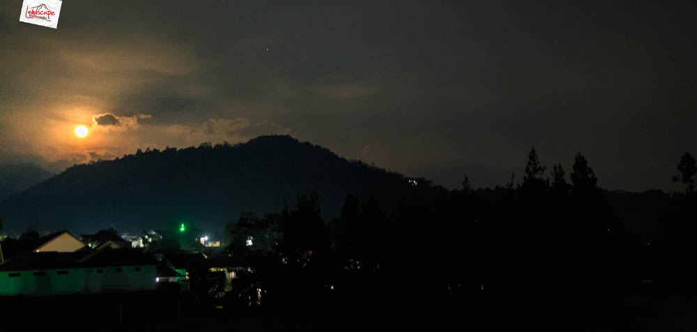 gunung gamping sore 24 - Gunung Gamping Karanganyar - Menanti Senja