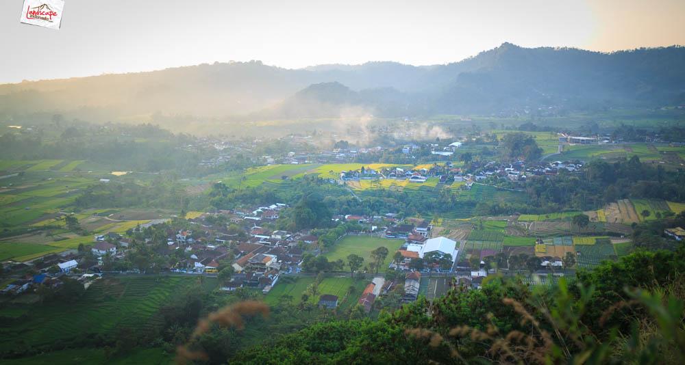 gunung gamping sore 7 - Gunung Gamping Karanganyar - Menanti Senja