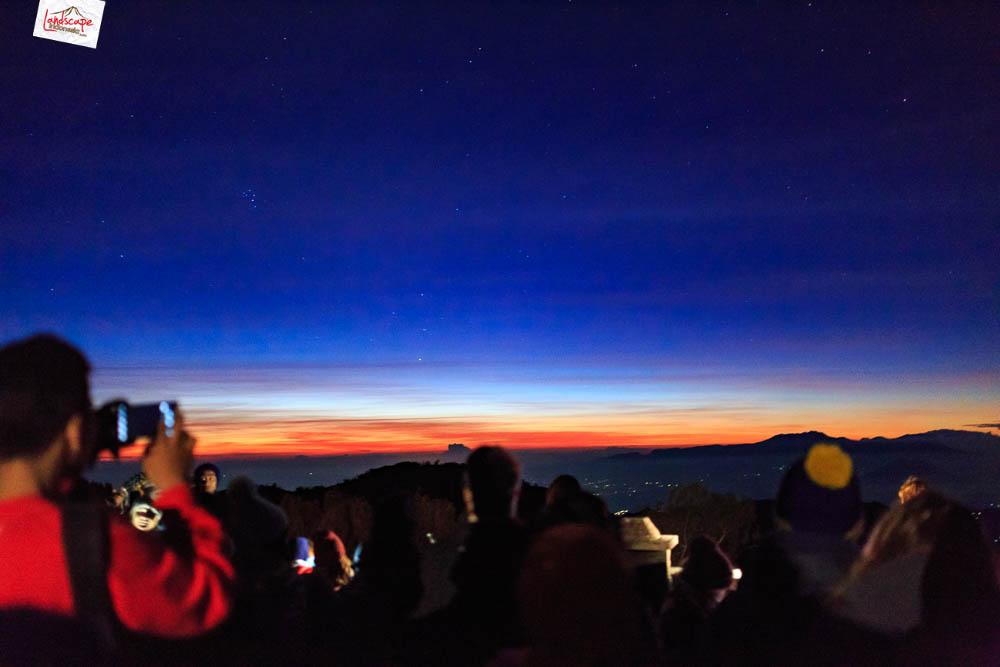 sunrise di pananjakan bromo3 - Sunrise di Pananjakan - Bromo