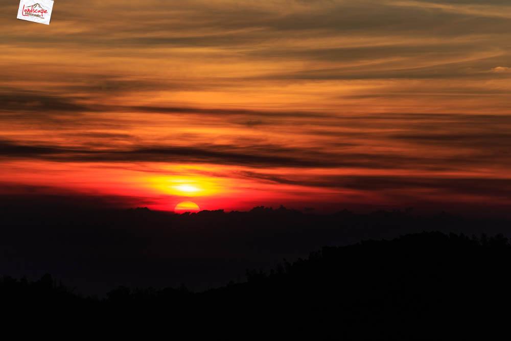 sunrise di pananjakan - sang surya