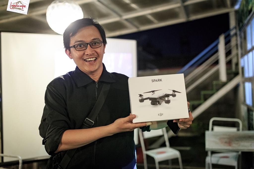 sdf halalbihalal 7 - Dji spark di  Halal Bihalal Solo Drone Fly