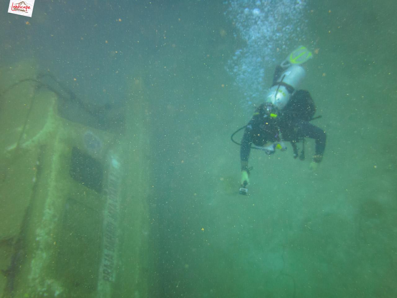 wreck dive kapal ahok 17 - Wreck Dive Kapal Ahok