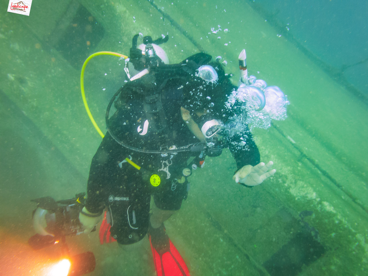 wreck dive kapal ahok 20 - Wreck Dive Kapal Ahok