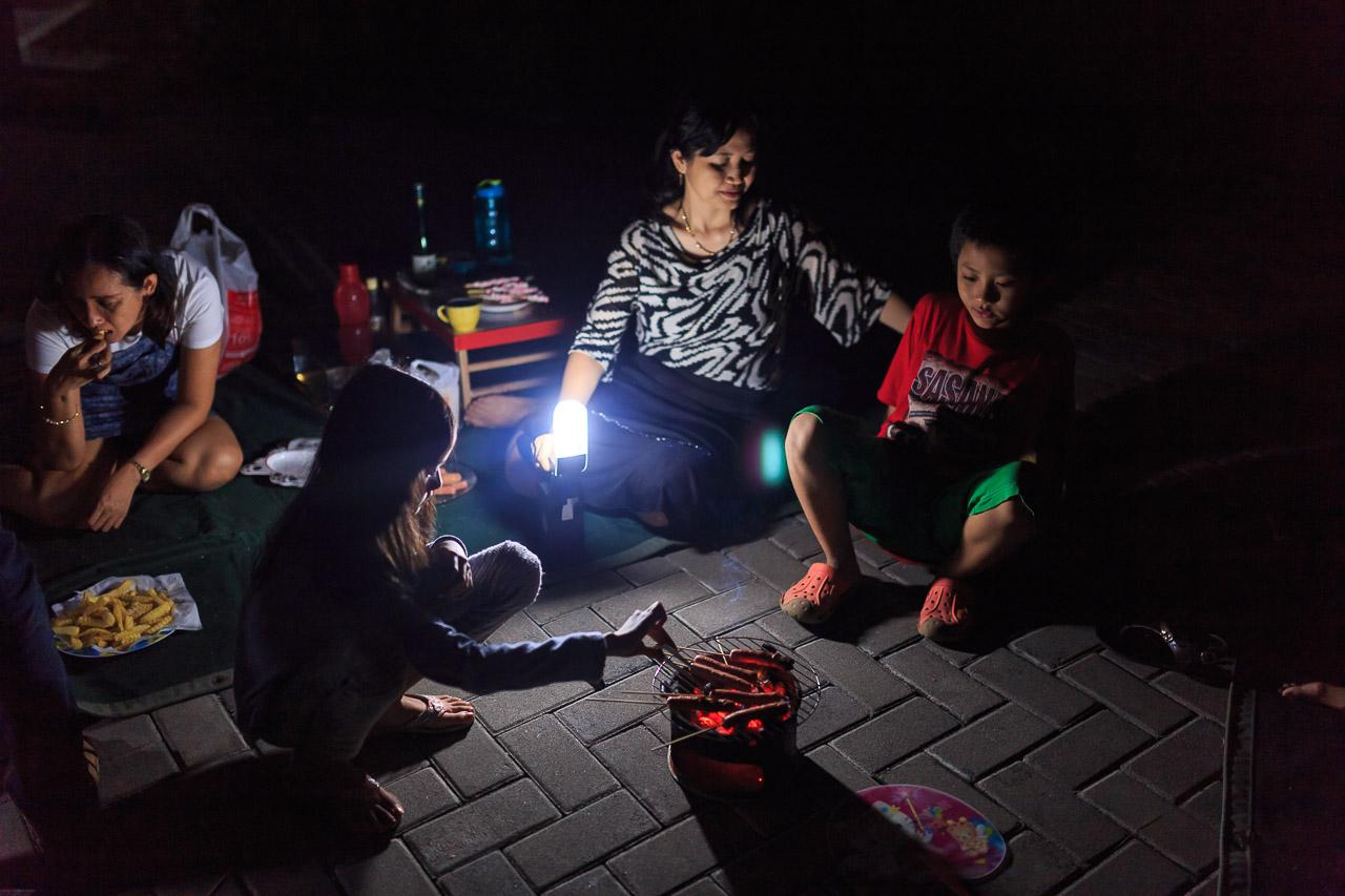 keluarga 7986 - Melewatkan Pergantian Tahun Bersama Keluarga