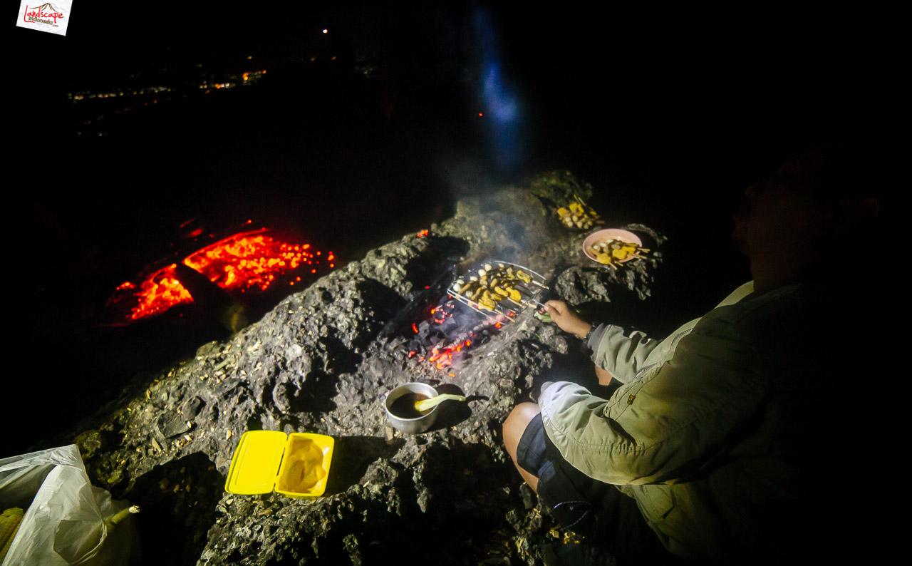 bukit laskar pelangi 26 - Makan Malam di Puncak Bukit Laskar Pelangi