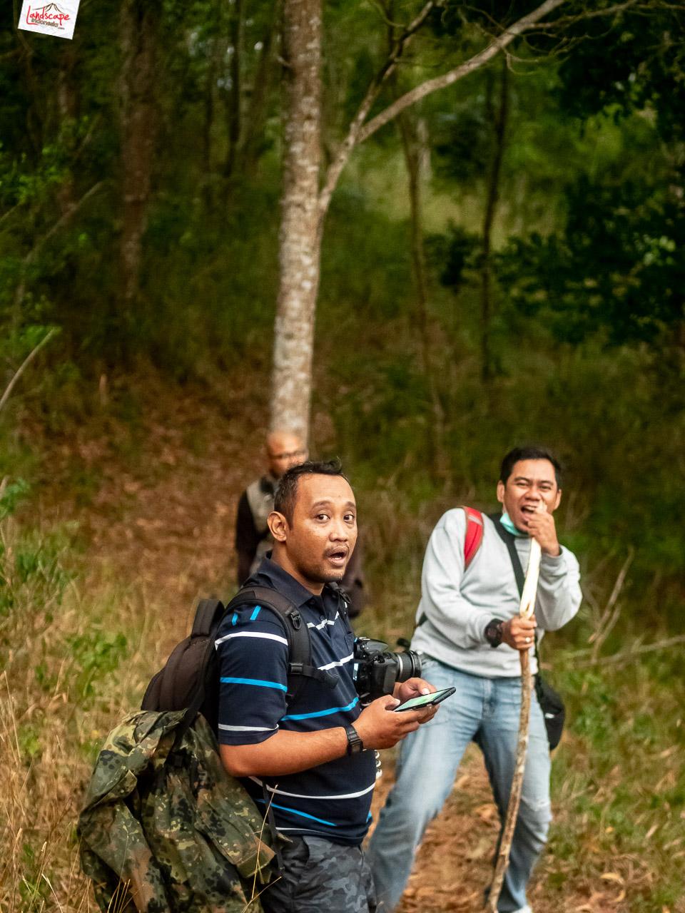 bukit laskar pelangi 3 - Makan Malam di Puncak Bukit Laskar Pelangi