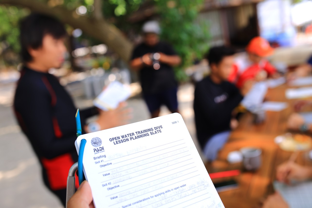 idc 8 - Road to Become PADI Instructor