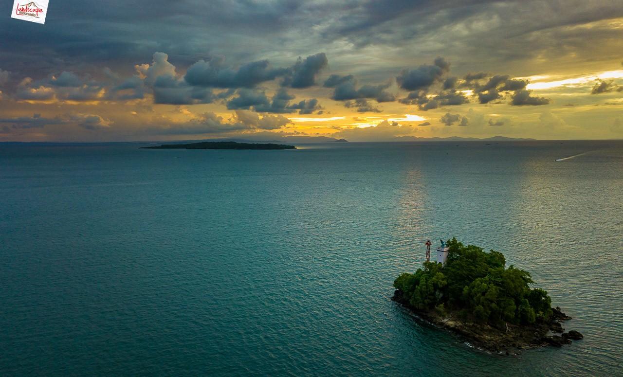 drone di papua 01 - Menerbangkan Drone di Papua