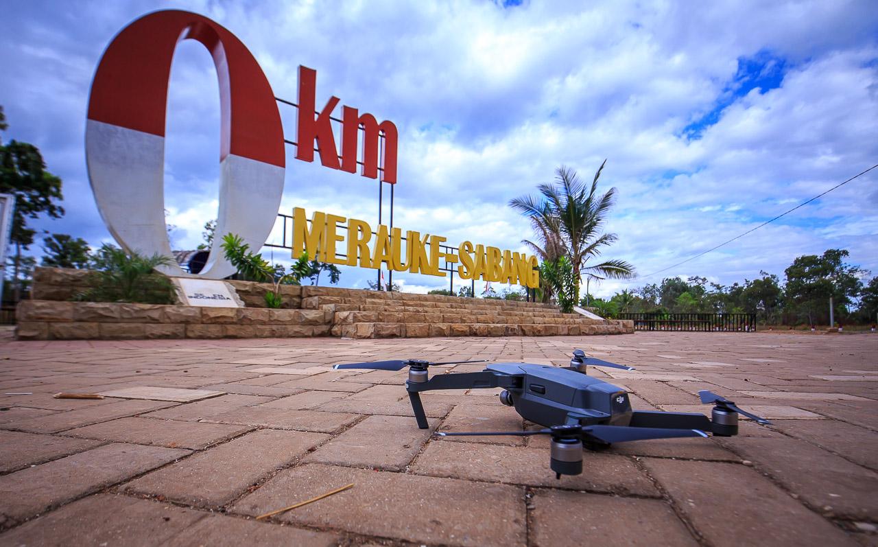 merauke 1593 - Menerbangkan Drone di Papua