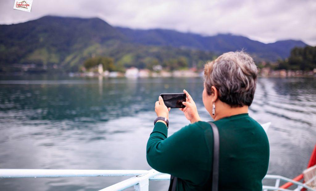 sehari di danau toba 5 1024x620 - Sehari di Danau Toba