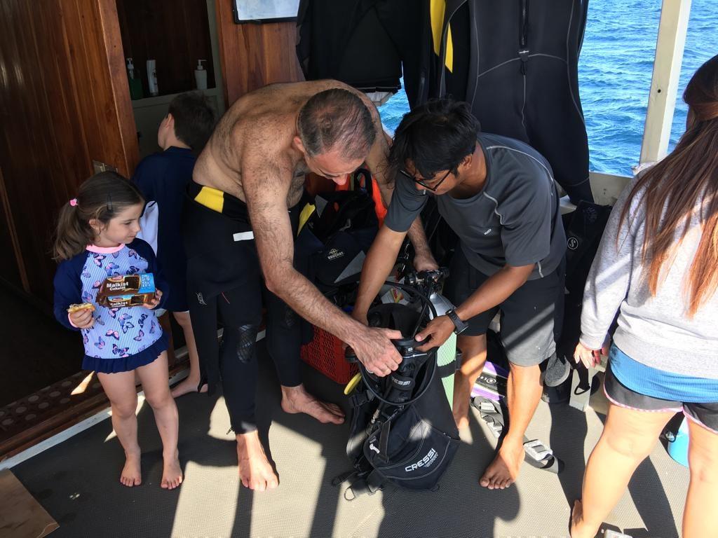 padi open water komodo 04 1024x768 - Komodo Dive Log Day 77 : Open Water Course