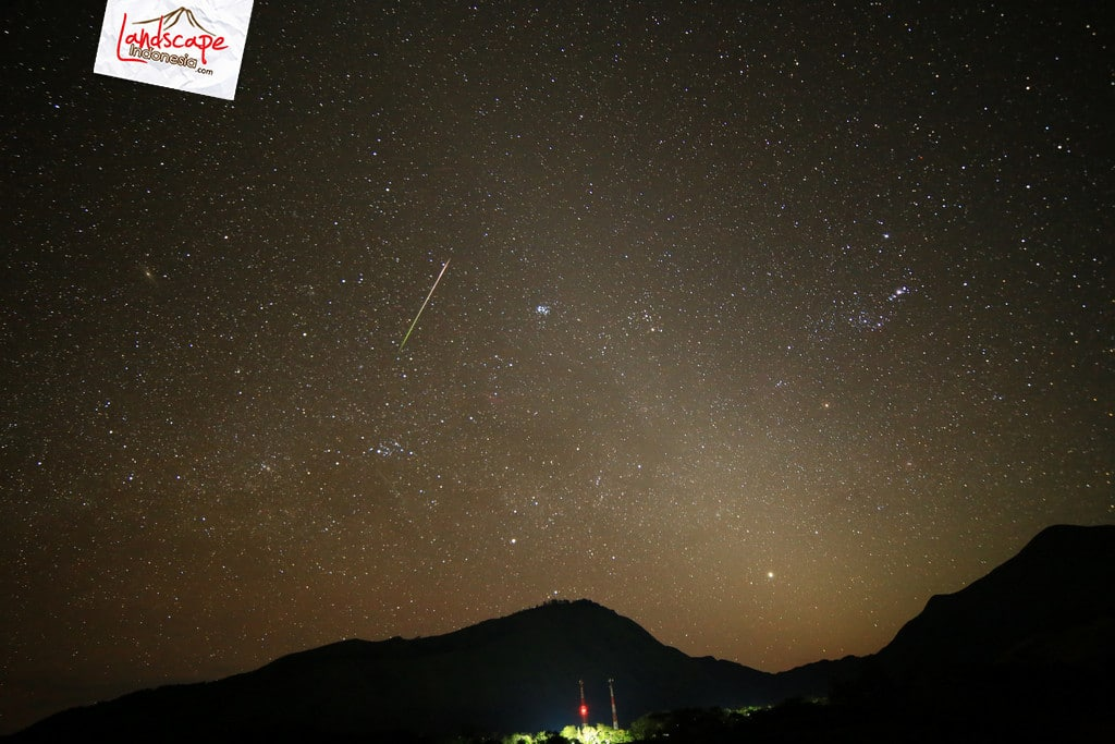 hujan meteor perseid 3 1 - Tips Memotret Hujan Meteor Perseid 2020