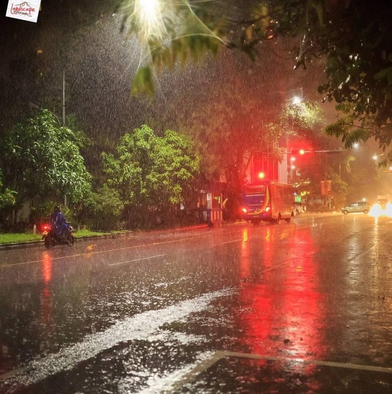 memotret hujan 17 - Tips Menguasai Fotografi Hujan
