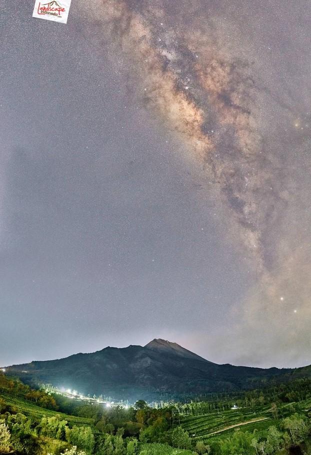 Screenshot 4682 - Milky Way Gardu Pandang Selo